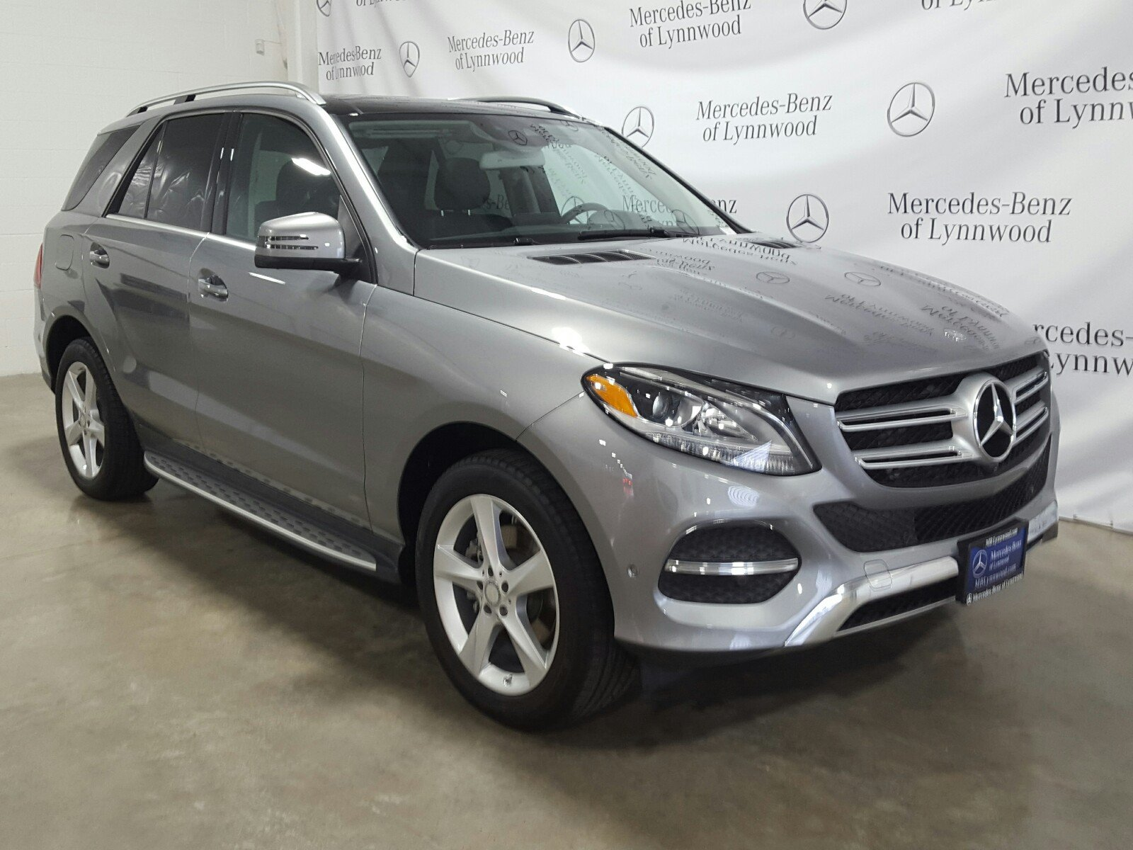 Certified Pre Owned 2016 Mercedes Benz GLE GLE 300d 4MATIC SUV in