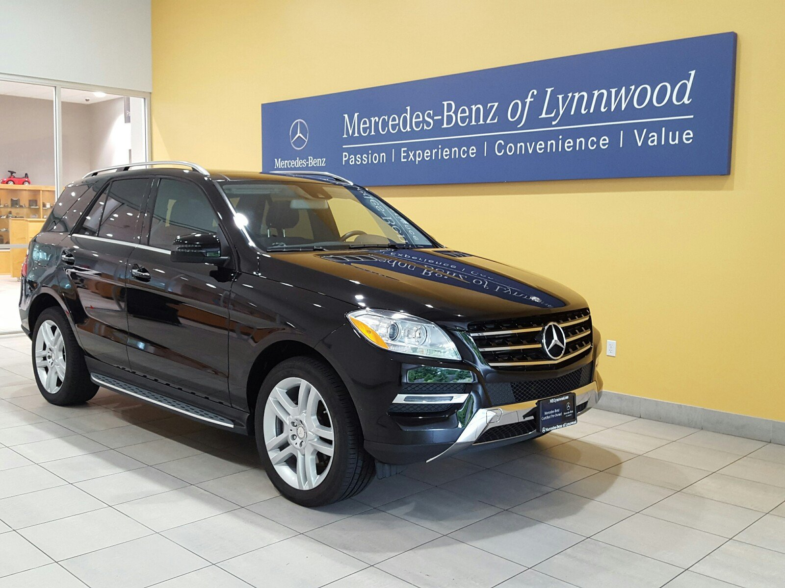 Certified pre owned 2015 mercedes benz m class ml 250 for Certified mercedes benz
