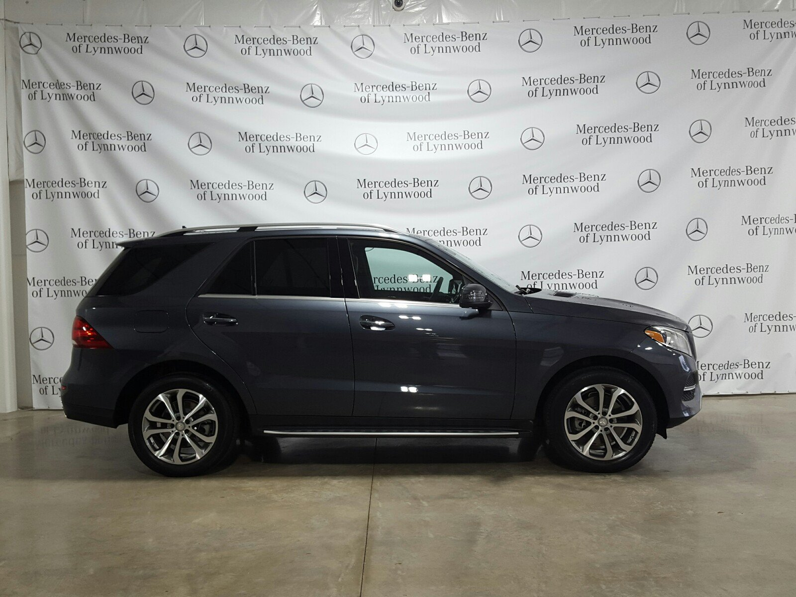 Certified Pre Owned 2016 Mercedes Benz GLE GLE 350 4MATIC SUV in