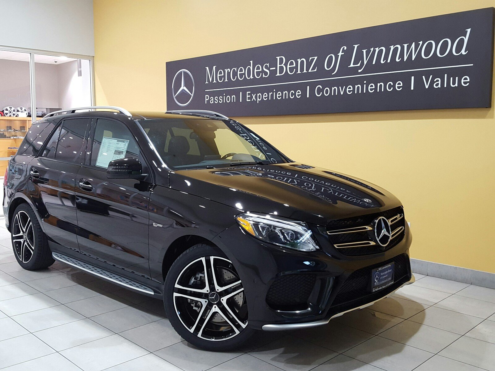 new 2018 mercedes benz gle amg gle 43 4matic suv in lynnwood 28387 mercedes benz of lynnwood. Black Bedroom Furniture Sets. Home Design Ideas