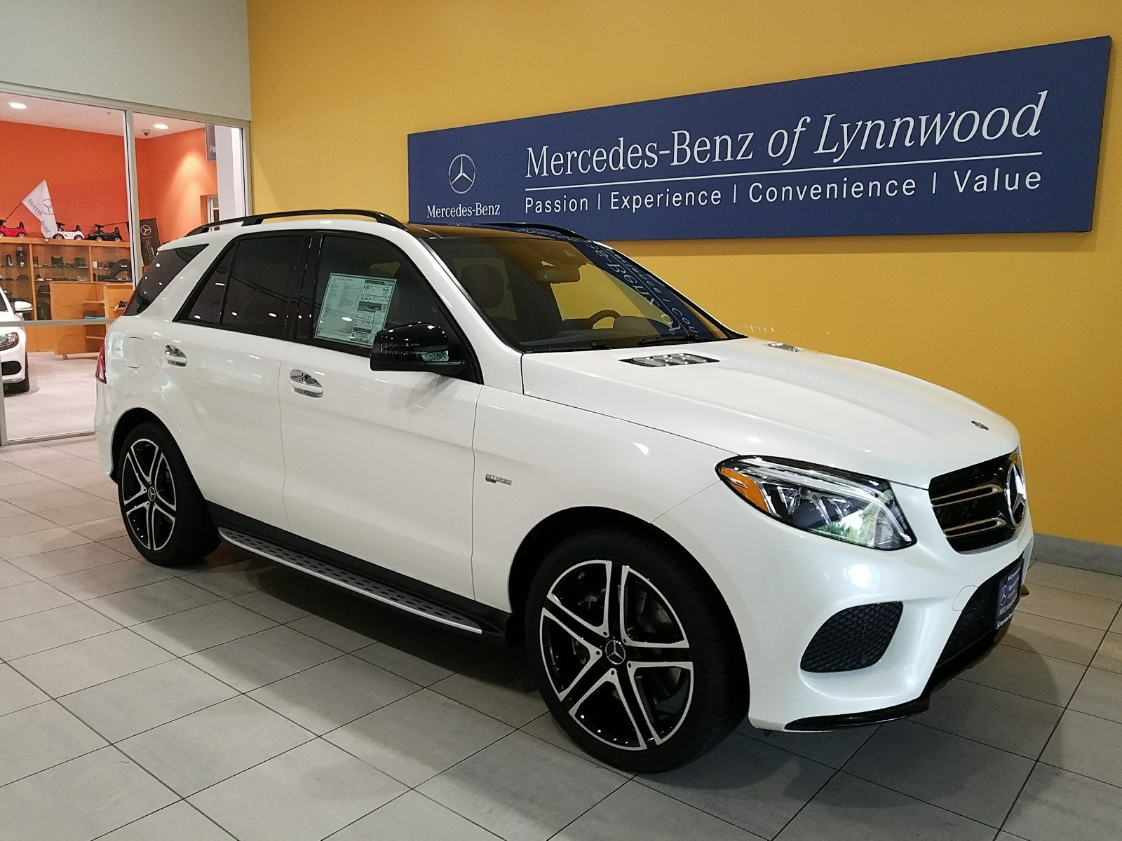 Pre Owned 2017 Mercedes Benz Gle Amg Gle 43 4matic Suv