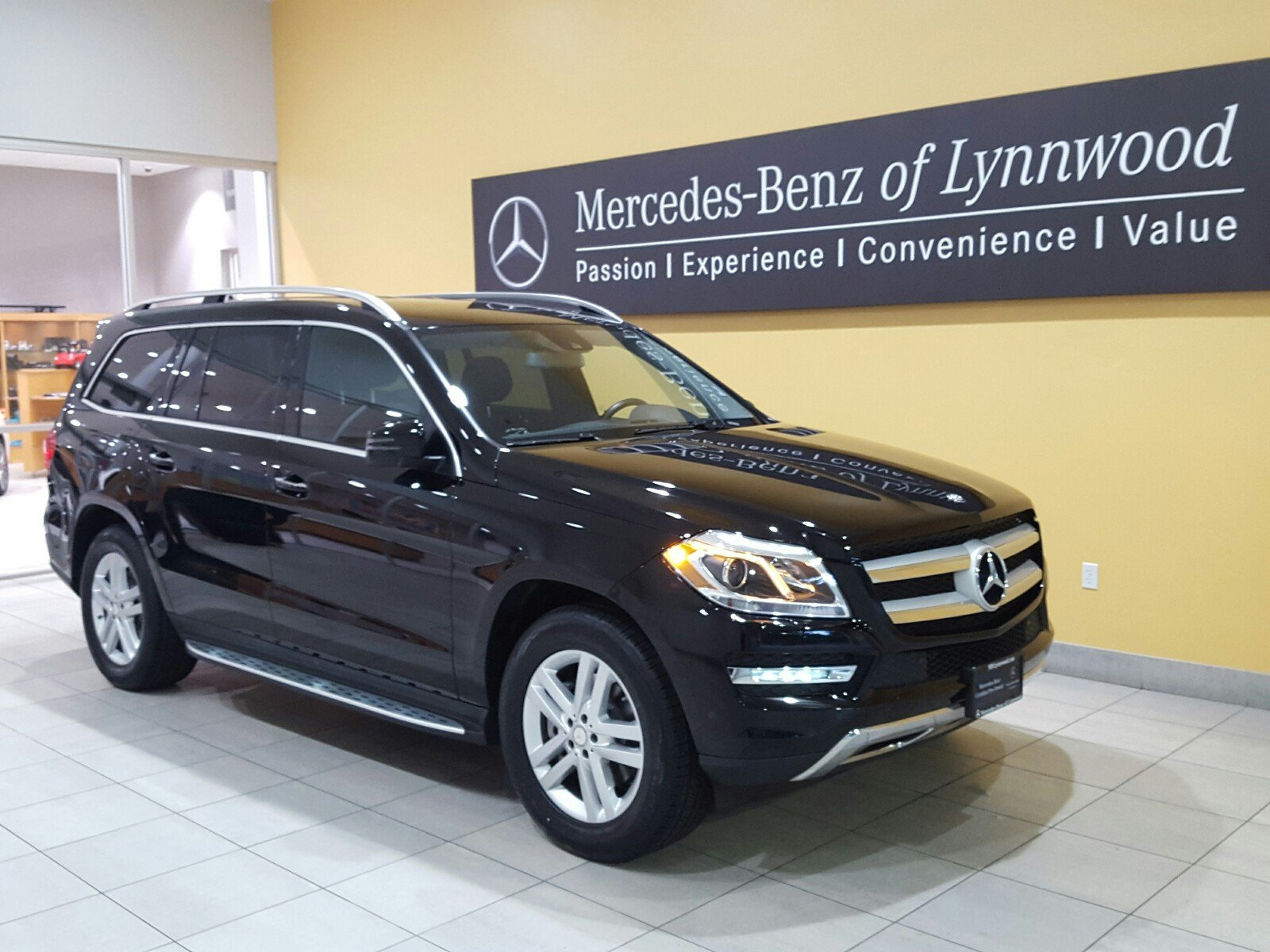 Certified pre owned 2015 mercedes benz gl class gl 450 for Mercedes benz cpo special offers