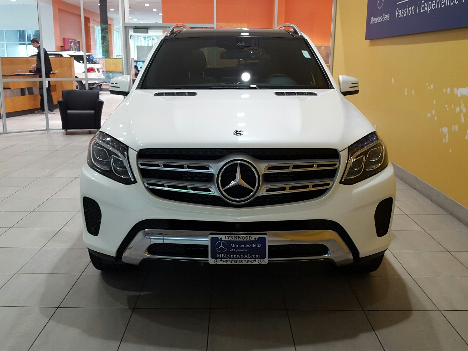 New 2017 mercedes benz gls gls 450 4matic suv in lynnwood for 2017 mercedes benz gls 450