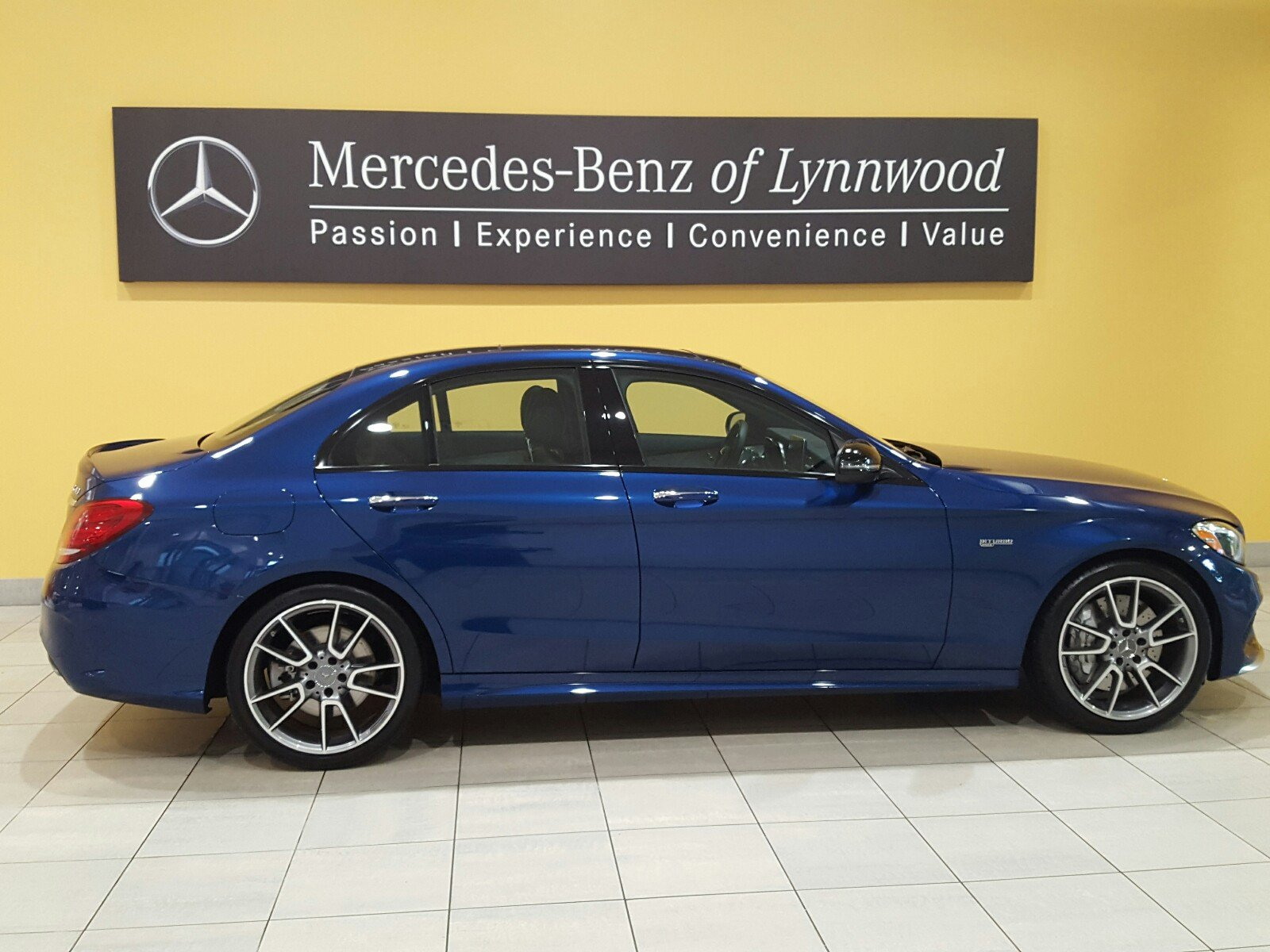 Pre owned 2018 mercedes benz c class amg c 43 4matic for Mercedes benz c class pre owned