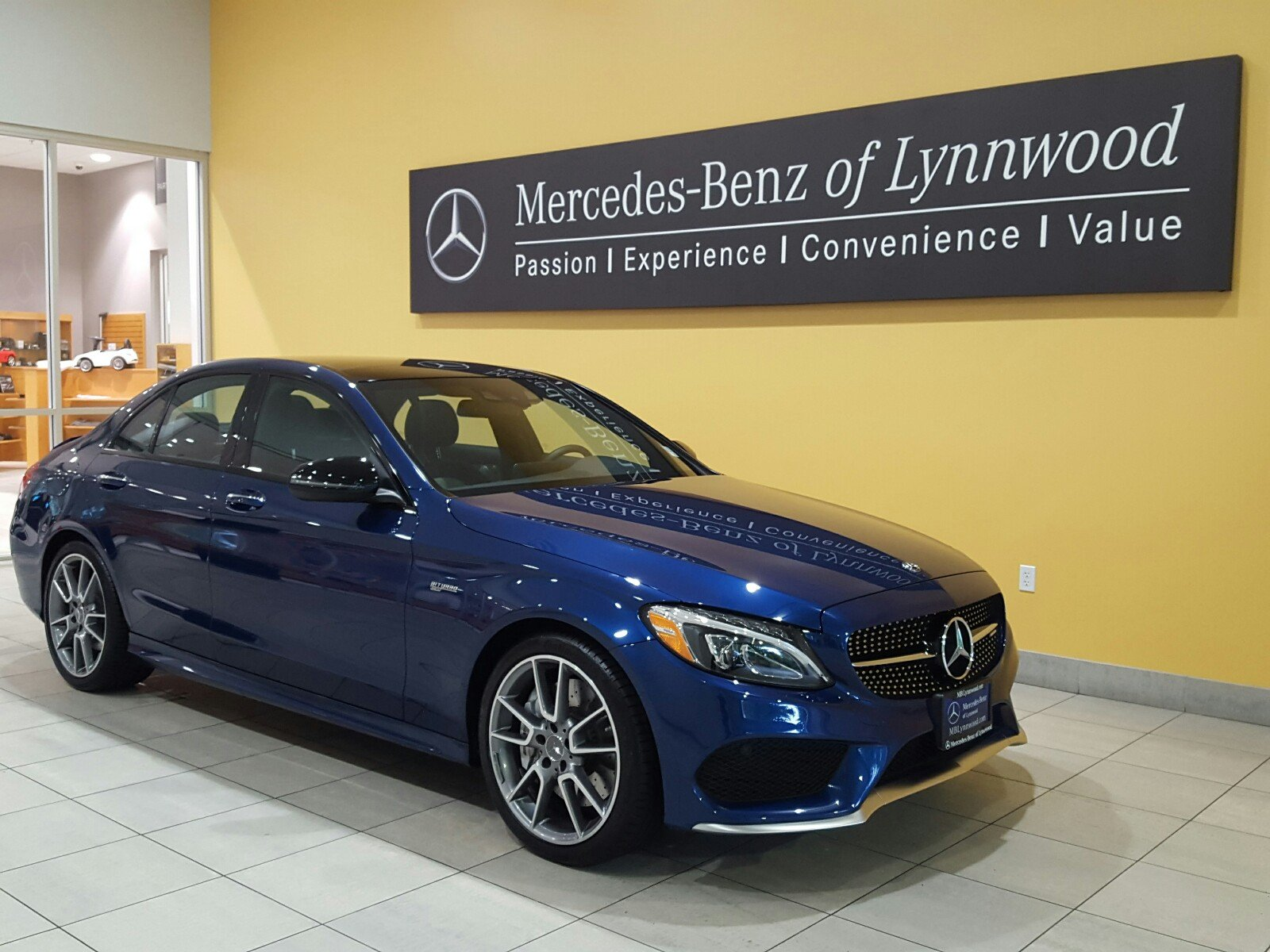 Pre owned 2018 mercedes benz c class amg c 43 4matic for Mercedes benz certified pre owned financing