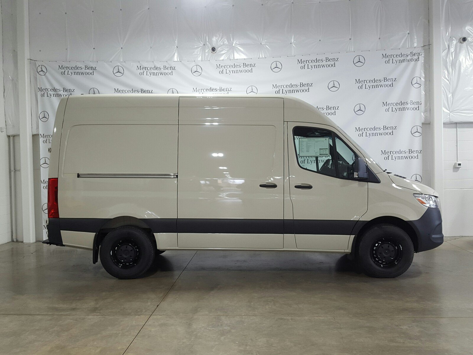 New 2019 Mercedes-Benz Sprinter Cargo Van 2500 High Roof V6 144 RWD