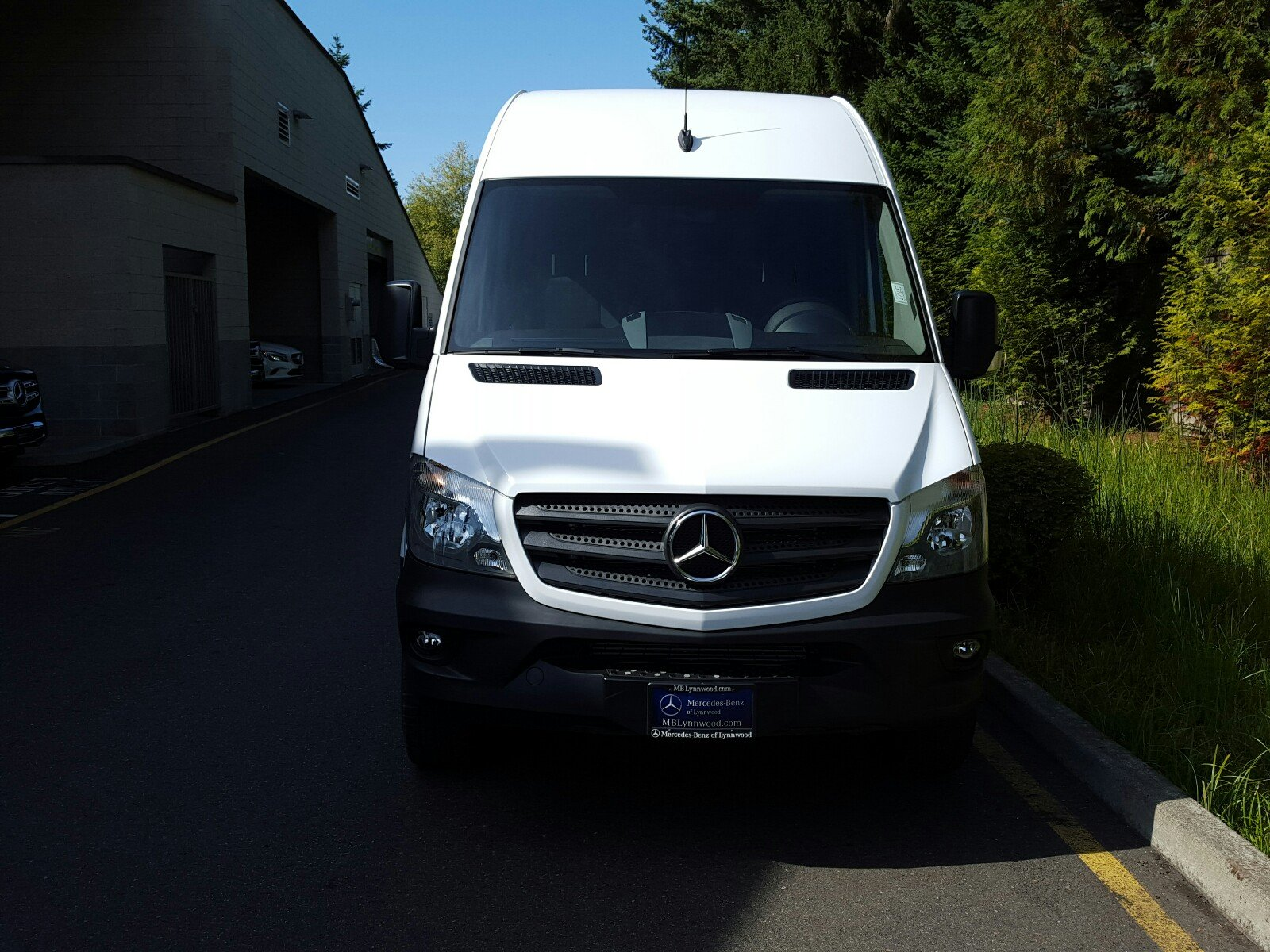 New 2017 mercedes benz sprinter cargo van cargo van in for Mercedes benz financial services online payment