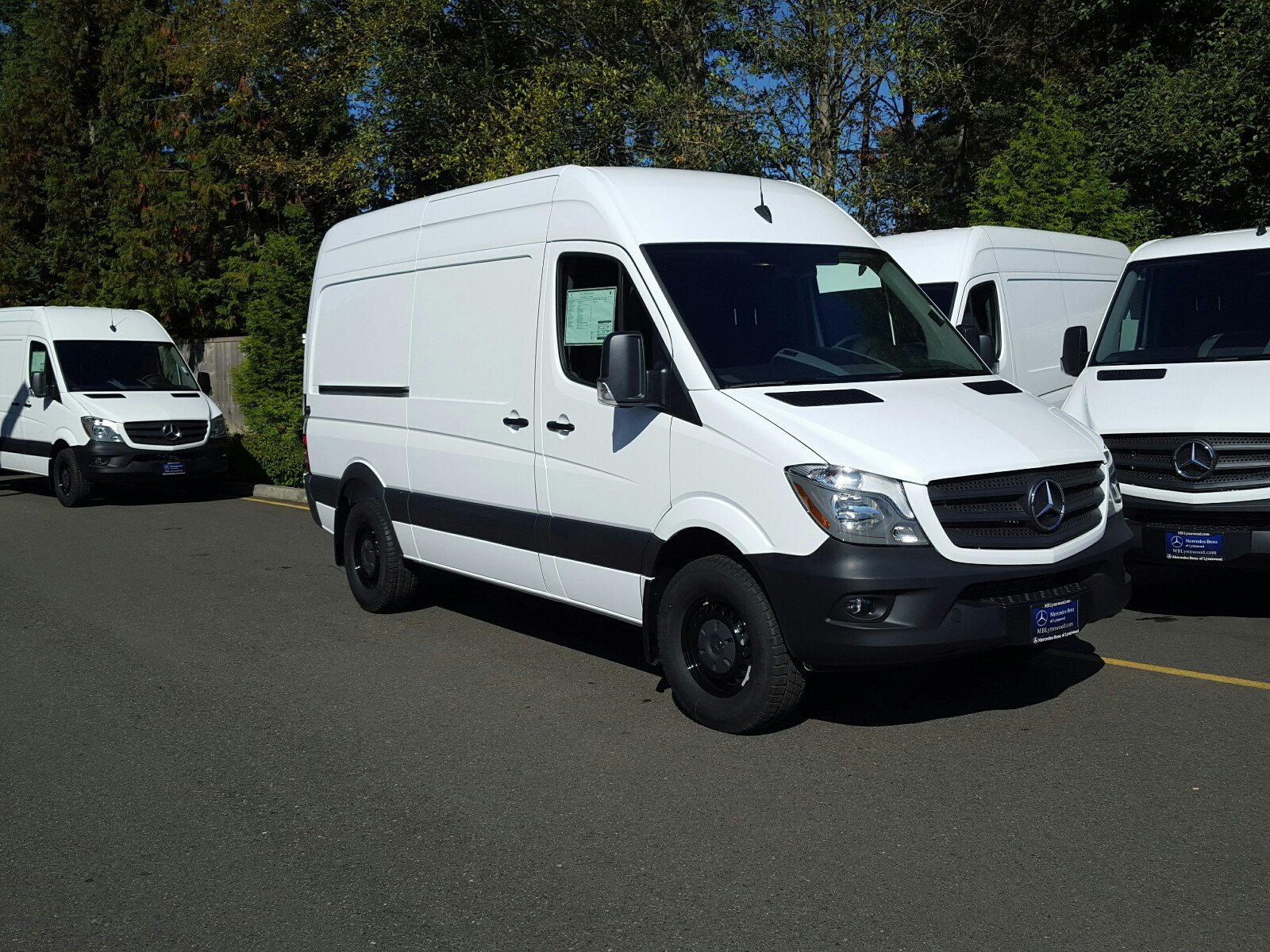 New 2017 mercedes benz sprinter cargo van in lynnwood for Mercedes benz van
