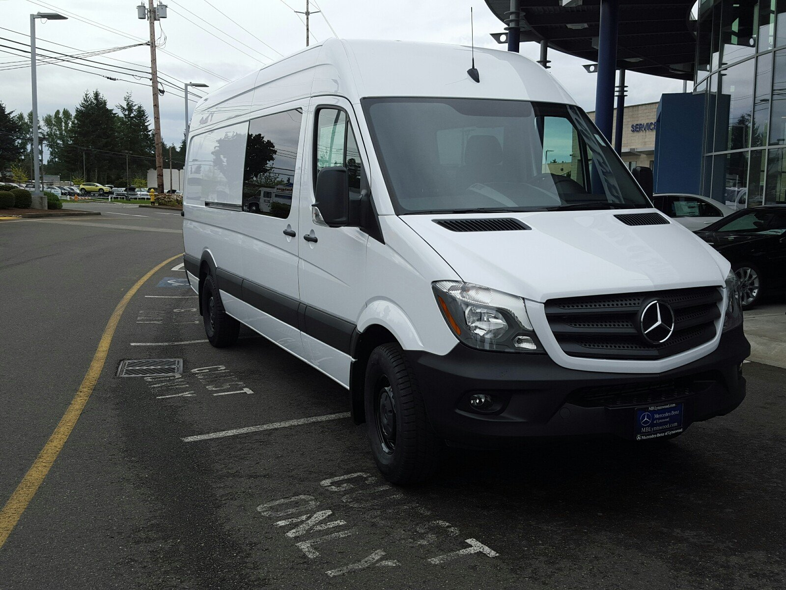 New 2017 mercedes benz sprinter crew van in lynnwood for New mercedes benz sprinter