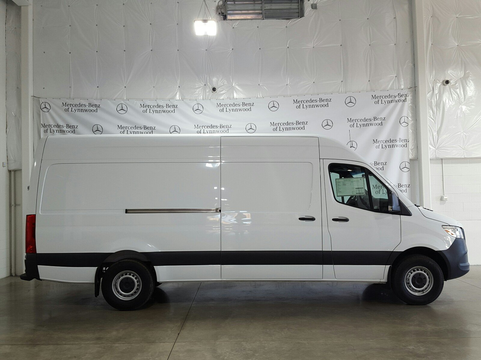 New 2019 Mercedes-Benz Sprinter Cargo Van 2500 High Roof V6 170 RWD