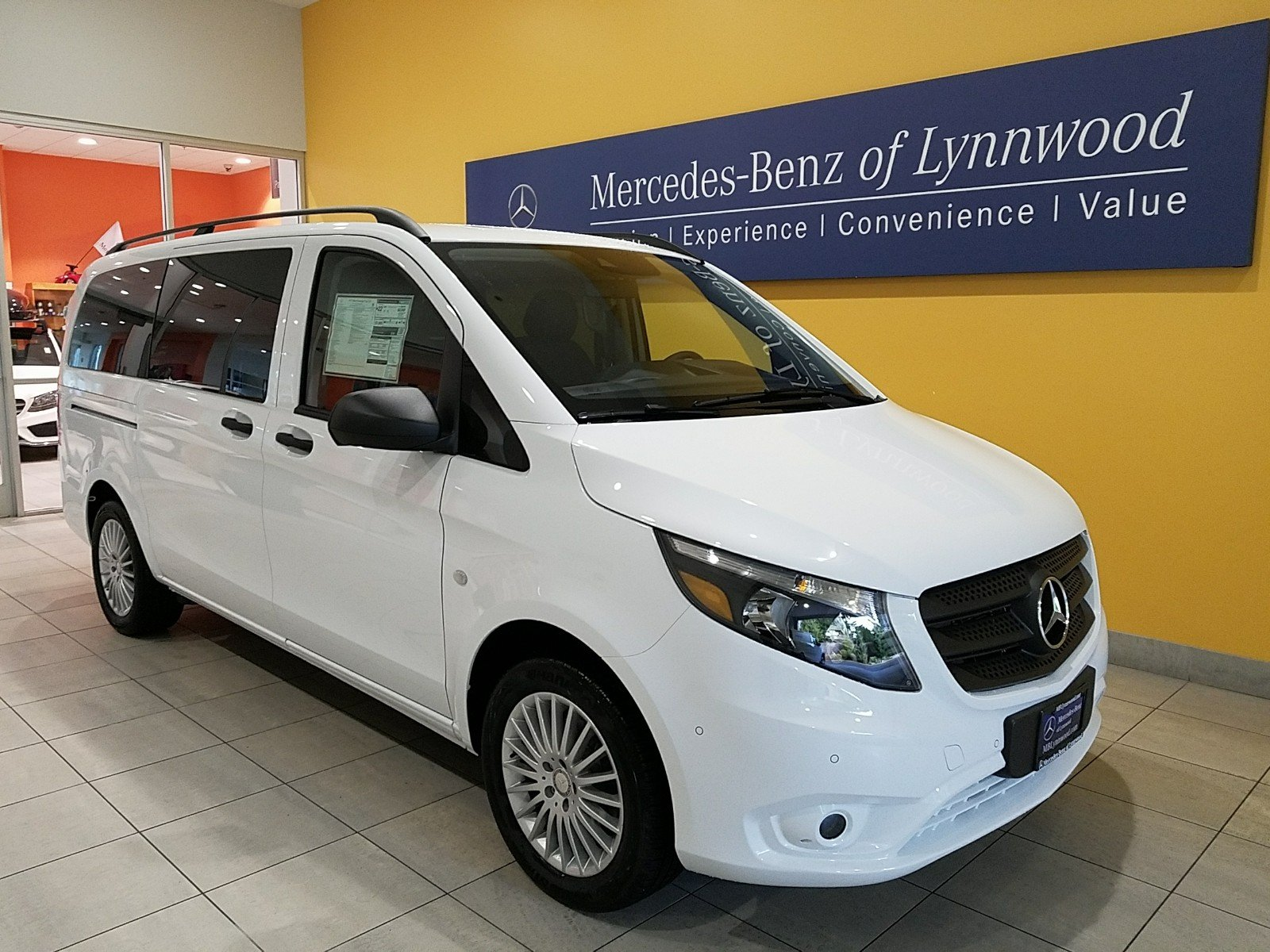 pre owned 2017 mercedes benz metris metris passenger van passenger van in lynnwood sp079. Black Bedroom Furniture Sets. Home Design Ideas