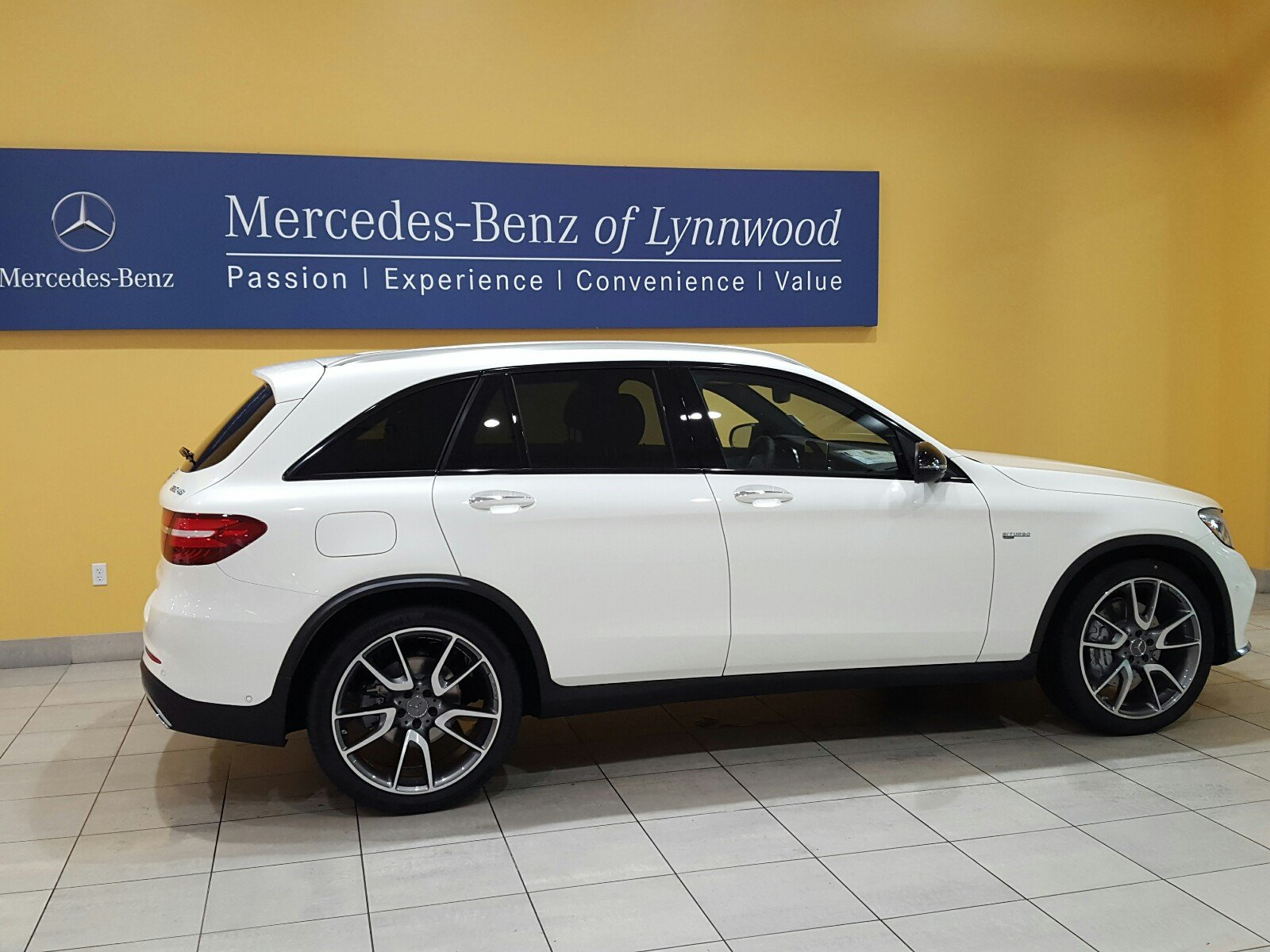 New 2018 mercedes benz glc amg glc 43 4matic suv in for Mercedes benz cpo special offers