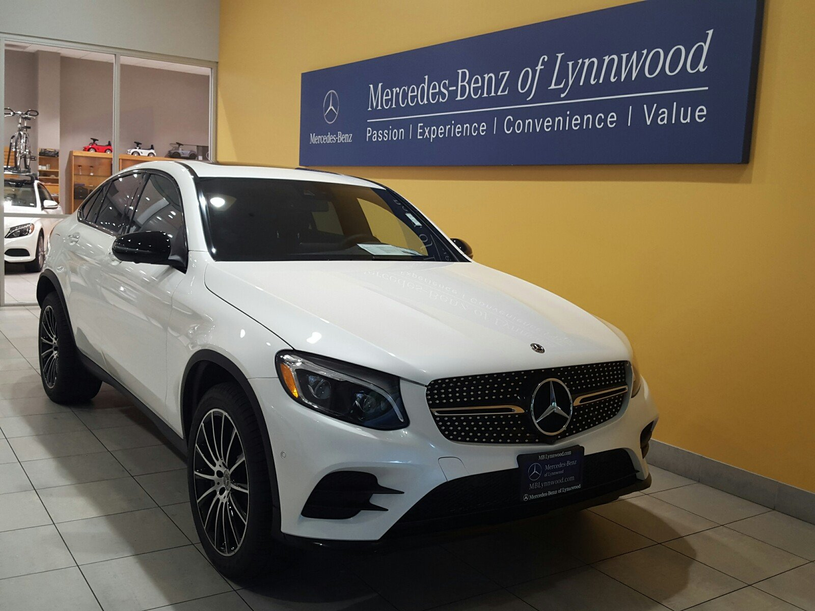 New 2018 mercedes benz glc glc 300 4matic coupe coupe in for Mercedes benz glc 300 accessories