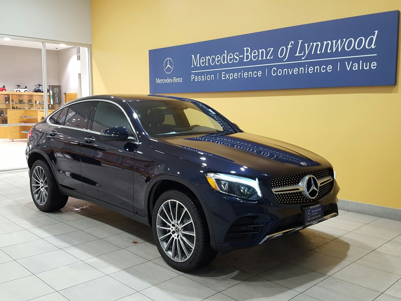 New 2018 mercedes benz glc glc 300 4matic coupe coupe in for Mercedes benz glc 300 coupe