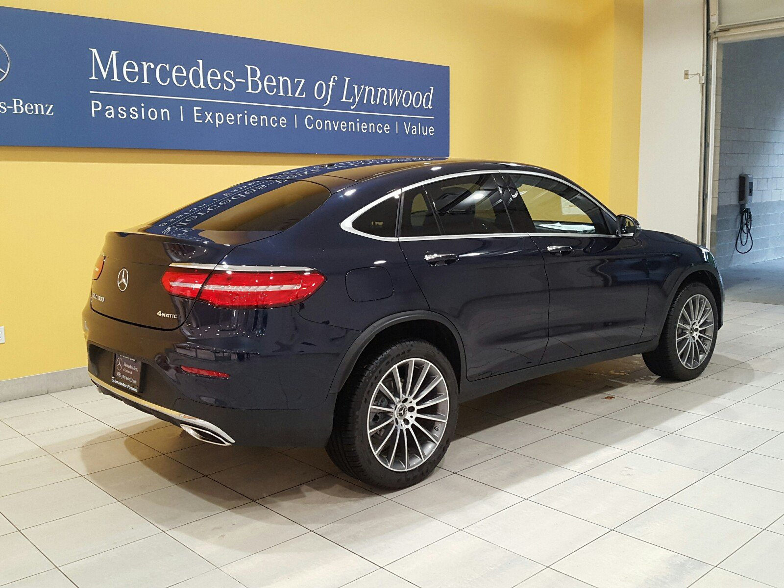 New 2018 mercedes benz glc glc 300 4matic coupe coupe in for Mercedes benz parts in seattle