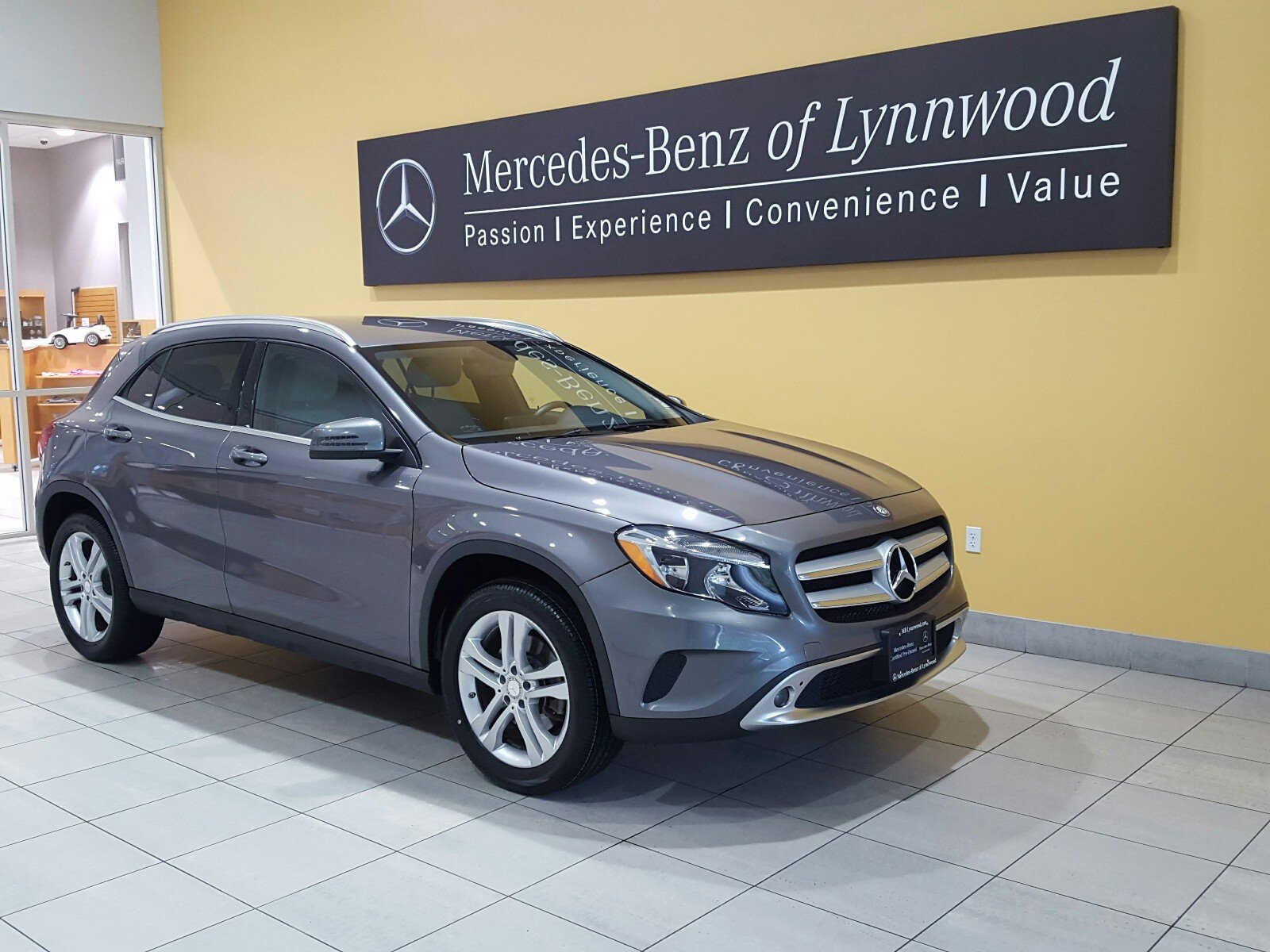 Certified pre owned 2015 mercedes benz gla gla 250 4matic Mercedes benz certified pre owned lease