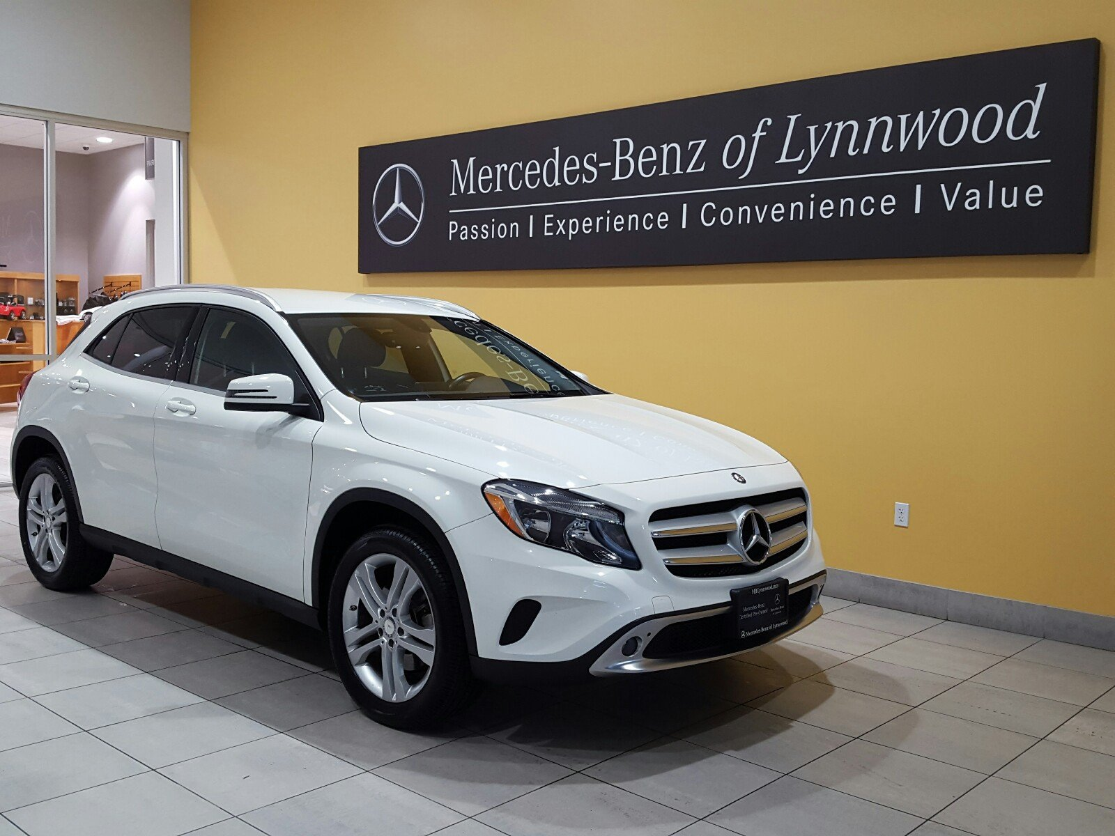 Certified pre owned 2015 mercedes benz gla gla 250 4matic for Mercedes benz cpo special offers