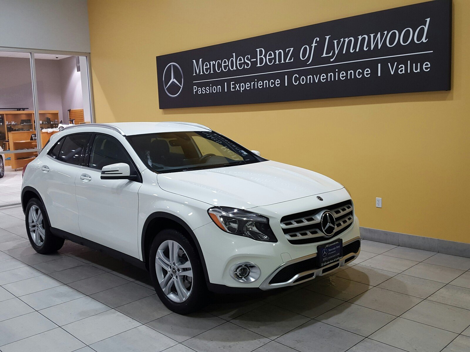 Pre owned 2018 mercedes benz gla gla 250 4matic suv in Mercedes benz certified pre owned lease