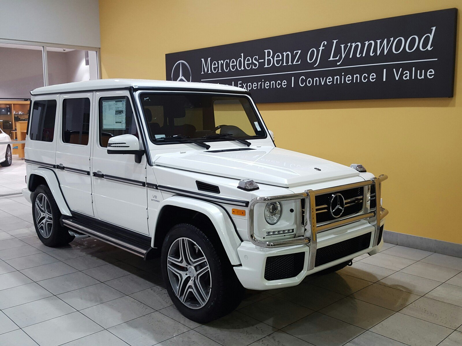 New 2018 mercedes benz g class amg g 63 4matic sport for Mercedes benz g class accessories