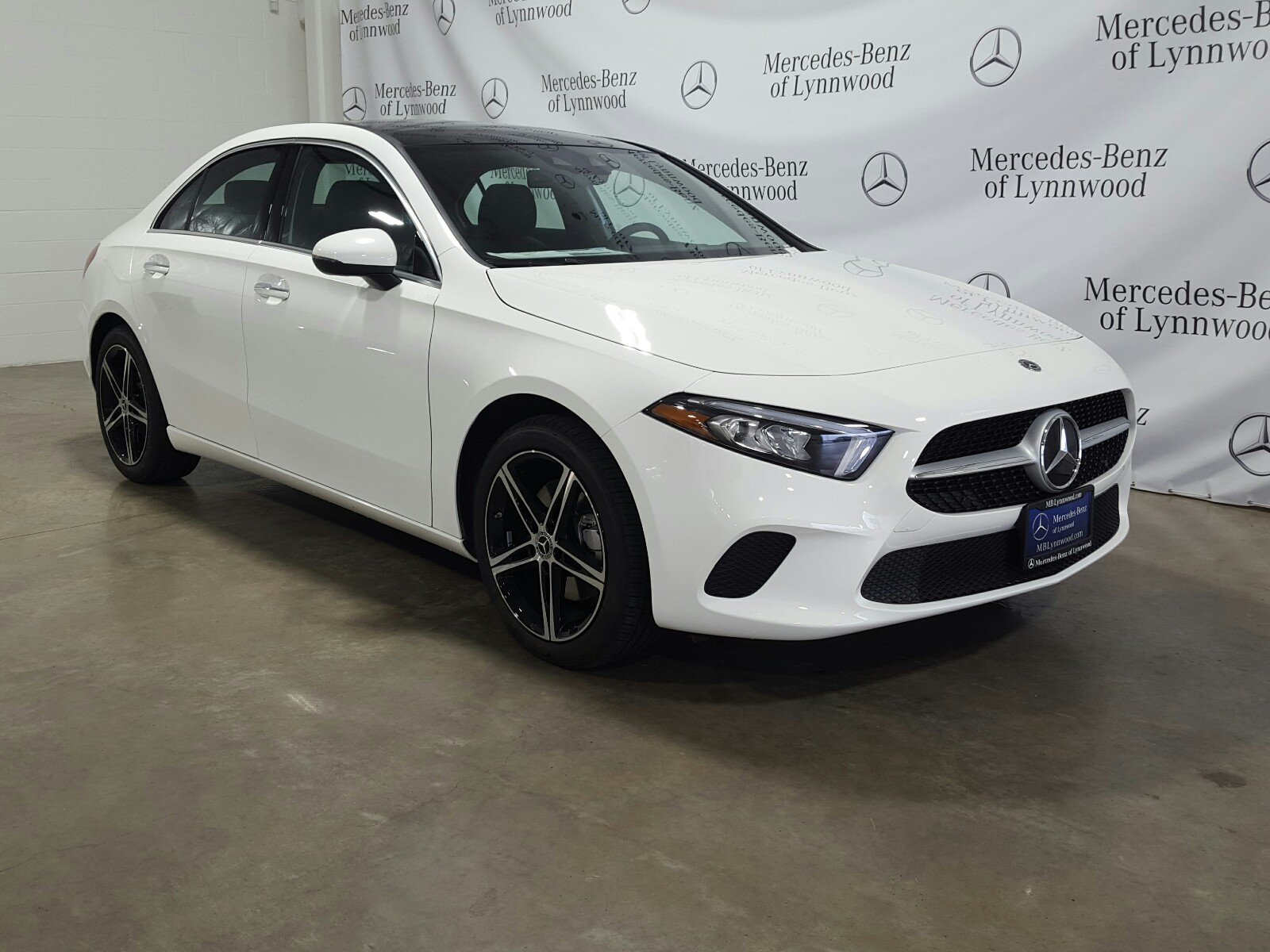 Mercedes Benz 4Matic >> New 2019 Mercedes Benz A Class A 220 4matic 4dr Car In Lynnwood