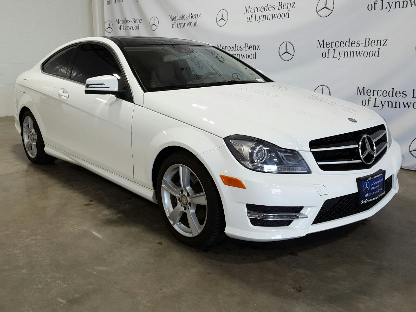 Pre Owned 2015 Mercedes Benz C Class C 250 Coupe RWD