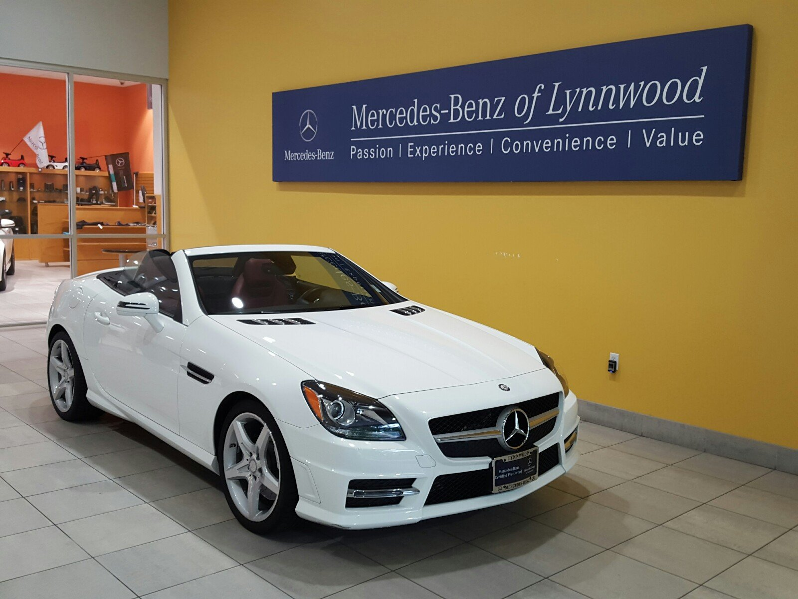 Certified pre owned 2015 mercedes benz slk slk 250 for Certified pre owned mercedes benz
