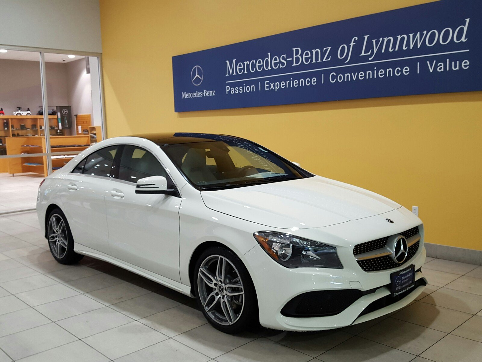 New 2018 mercedes benz cla cla 250 4matic coupe coupe in for Mercedes benz financial contact number