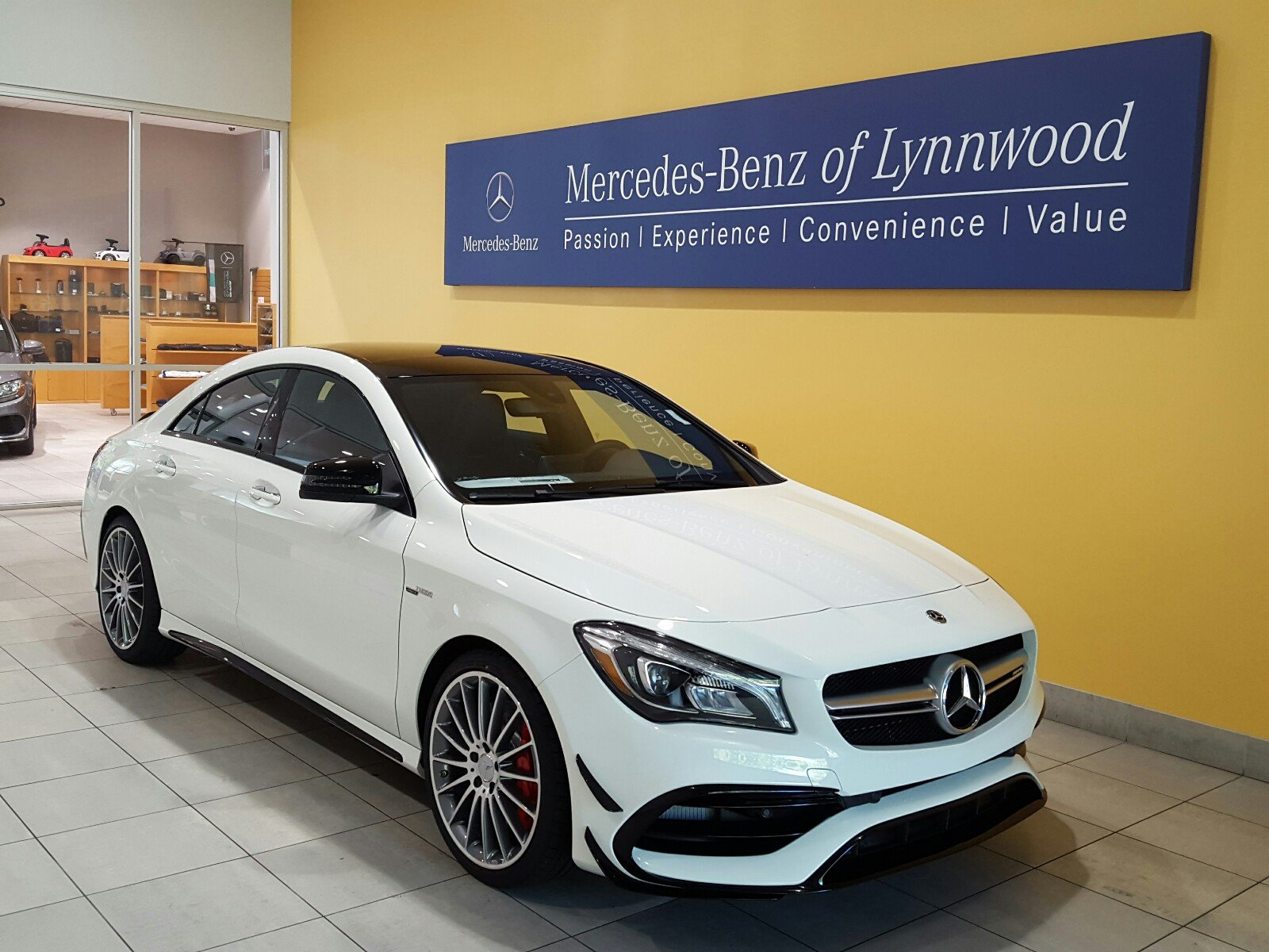 pre owned 2018 mercedes benz cla amg cla 45 4matic coupe coupe in lynnwood 28260 mercedes. Black Bedroom Furniture Sets. Home Design Ideas