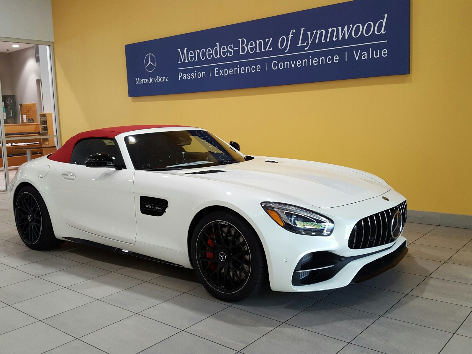 New 2018 mercedes benz gt amg gt c roadster roadster in for 2018 mercedes benz amg gt